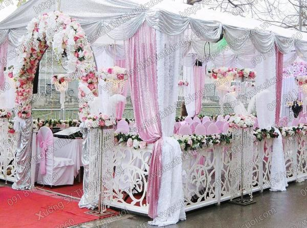 Cho thuê hàng rào trang trí rạp cưới