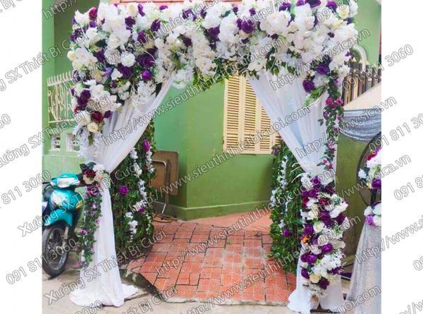 Cổng cưới bằng hoa vài