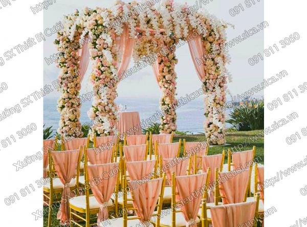 Cổng hoa cưới của công nương Kate