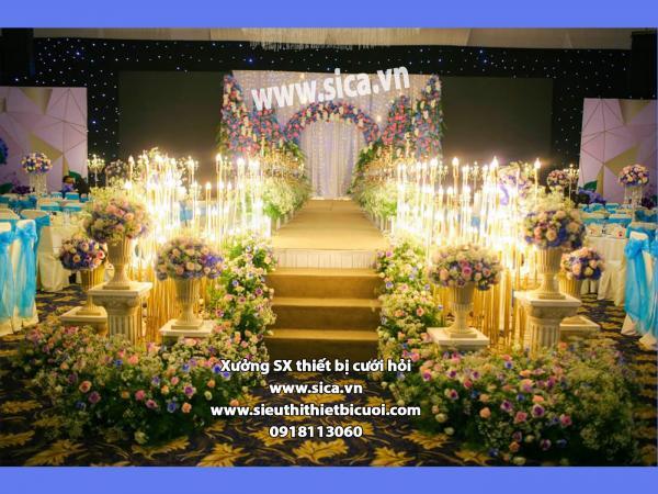 Trang trí sân khấu cưới sang trọng