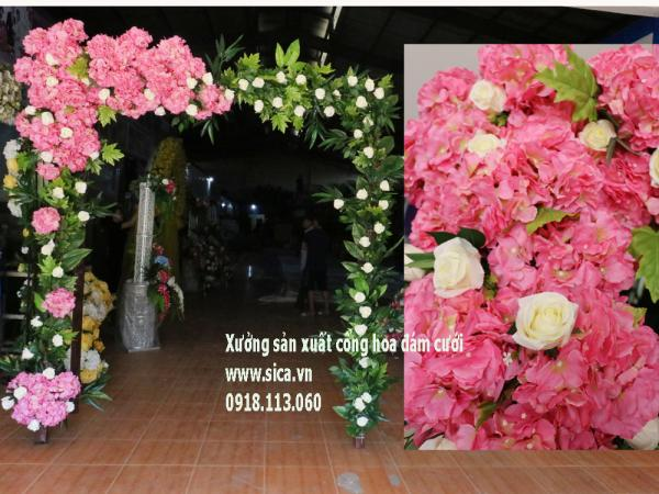 Cổng hoa cưới mới nhất, khung cổng cưới cầu thang