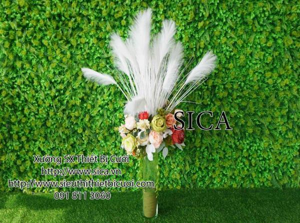 Bình hoa cỏ lau