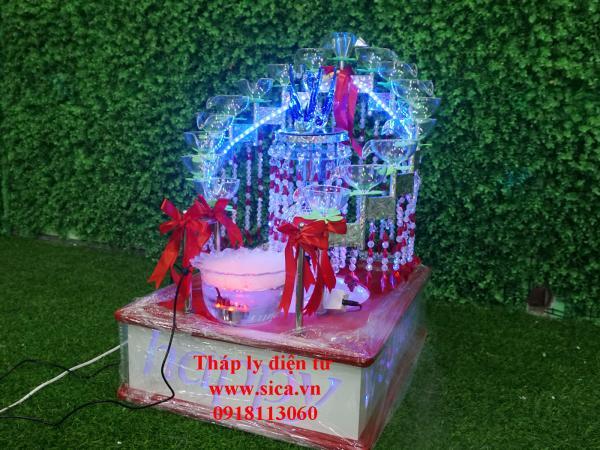 Nơi bán tháp ly rượu điện tử sambanh đám cưới 17ly vuông