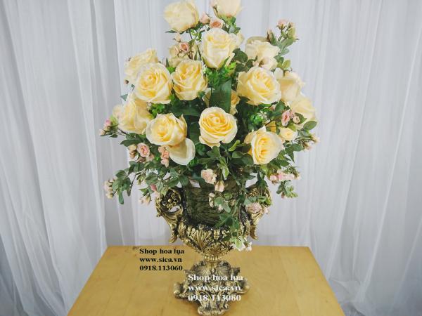 Bình hoa đẹp trang trí phòng khách
