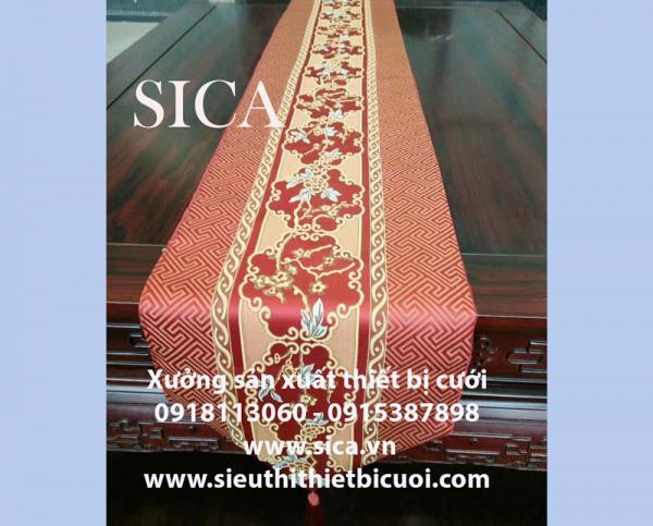 Nơi bán tấm khăn trải bàn mới lạ trang trí cưới