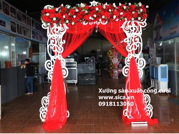 Cổng foam mỹ thuật Màu đỏ, hoa trắng đỏ