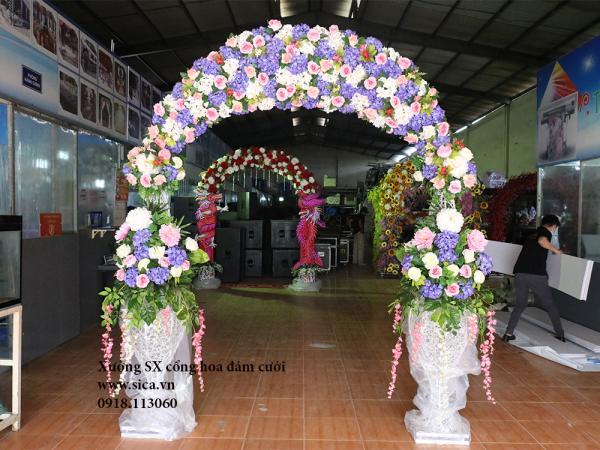Cổng hoa đám cưới lục bình đôi màu trắng tím