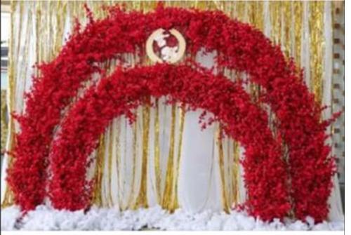 Cổng cưới hoa anh đào đỏ