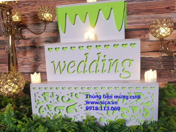 Thùng tiền mừng cưới bánh kem 3 tầng vuông, màu trắng xanh cốm