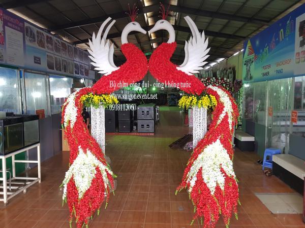 Cổng chim công trang trí đám cưới mới nhất