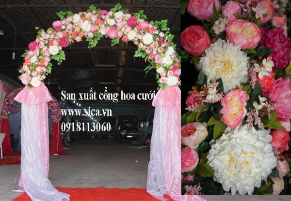 Cổng cưới chân voan màu hồng phấn