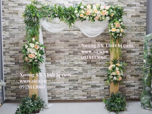 Cổng hoa cưới thiên nhiên chân gỗ