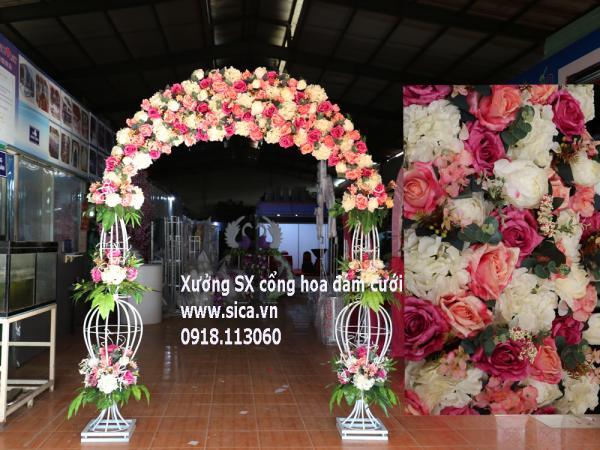 Cổng hoa cưới chân lục bình tông màu pastel cổ điển