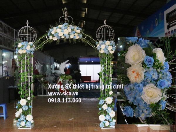 Cổng hoa cưới kiểu kiểu hoàng gia