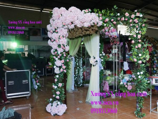 Cổng cưới hoa cẩm tú cầu hồng phấn
