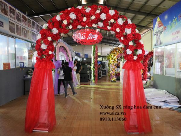 Cổng cưới hoa cẩm tú cầu màu đỏ