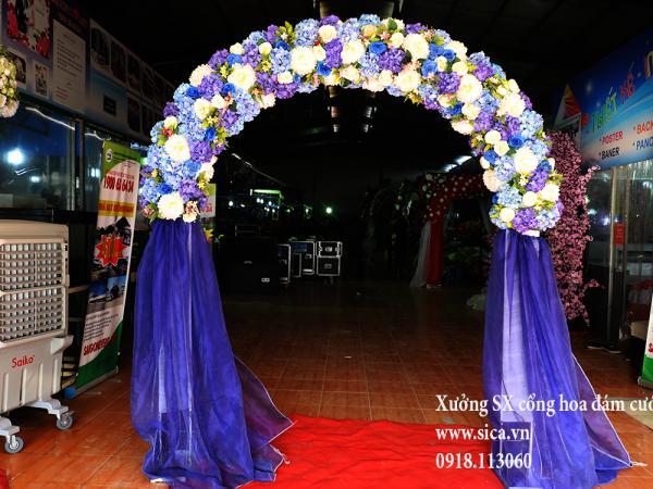 Cổng hoa cẩmtú cầu chân voan