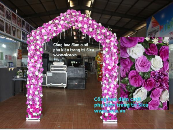 Cổng hoa đám cưới kiểu mái nhà, hoa VN tím cà