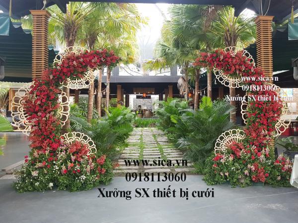 Sản xuất các mẫu cổng hoa cưới mới nhất