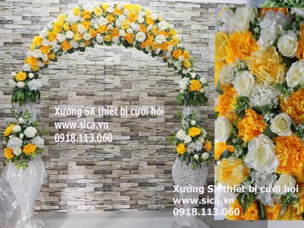 Cổng hoa đám cưới mới nhất màu vàng , chân lục bình