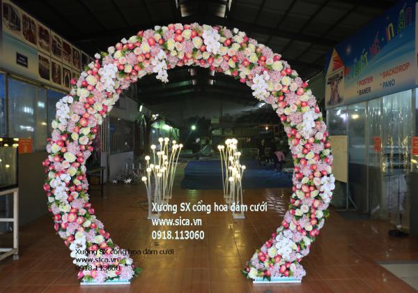 Cổng hoa cưới tròn khuyết