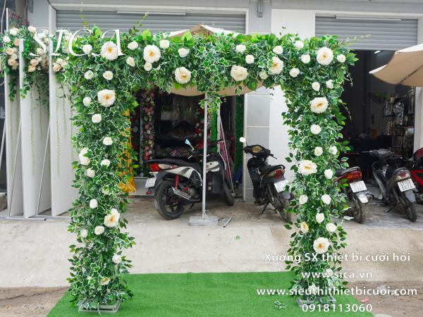 Cổng hoa trắng lá nho