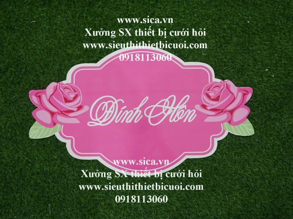Bảng tên thiết kế chữ Đính Hôn treo cổng hoa cứới