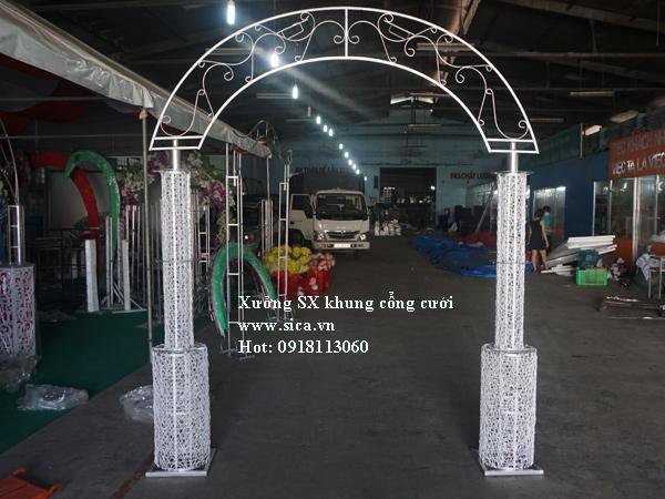 Khung cổng cưới bánh kem 2 tầng chưa kết hoa