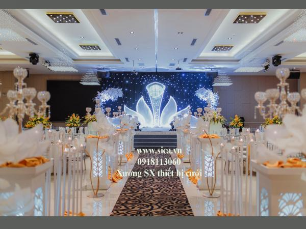 nhà thiết kế nội thất không gian tiệc cưới