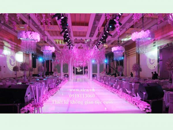 Chuyên thiết kế nhà hàng tiệc cưới