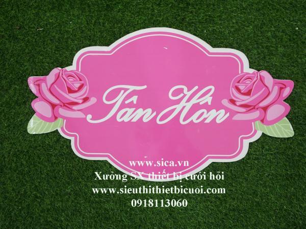 Bảng tên thiết kế chữ Tân Hôn treo cổng hoa cứới nền hồng