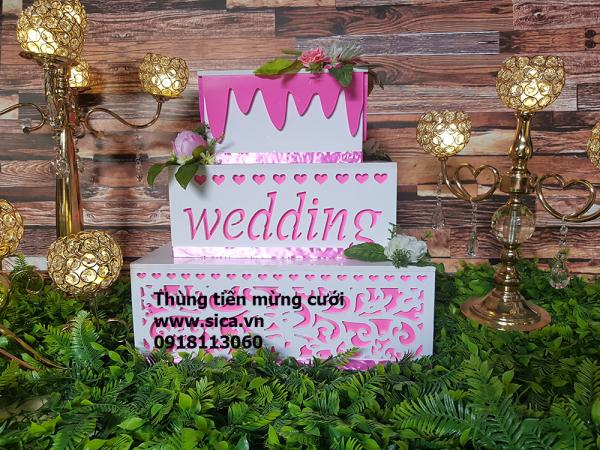 Thùng tiền mừng cưới bánh kem 3 tầng vuông, màu hồng
