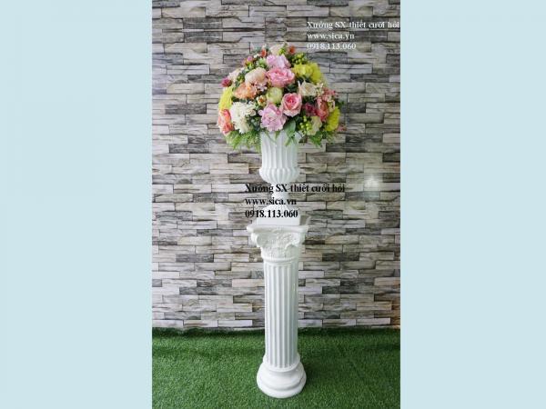 Trụ hoa trang trí đám cưới
