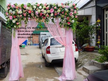 Cổng hoa chân voan lụa hồng phấn