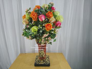 Bình hoa cổ điển trang trí để bàn