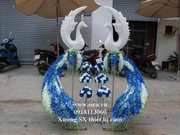 Cổng chim công cưới màu xanh biển