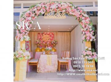 Cổng hoa màu hồng sen